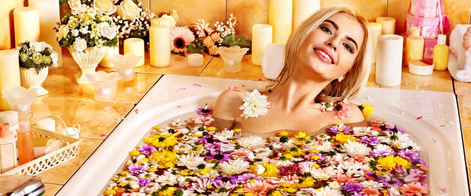 Ванны подскажут как сохранить кожу упругой и молодой после 30